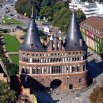 Get train times and buy train tickets for Lubeck to Hamburg Airport..