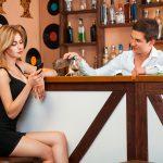 Flirten an der Bar